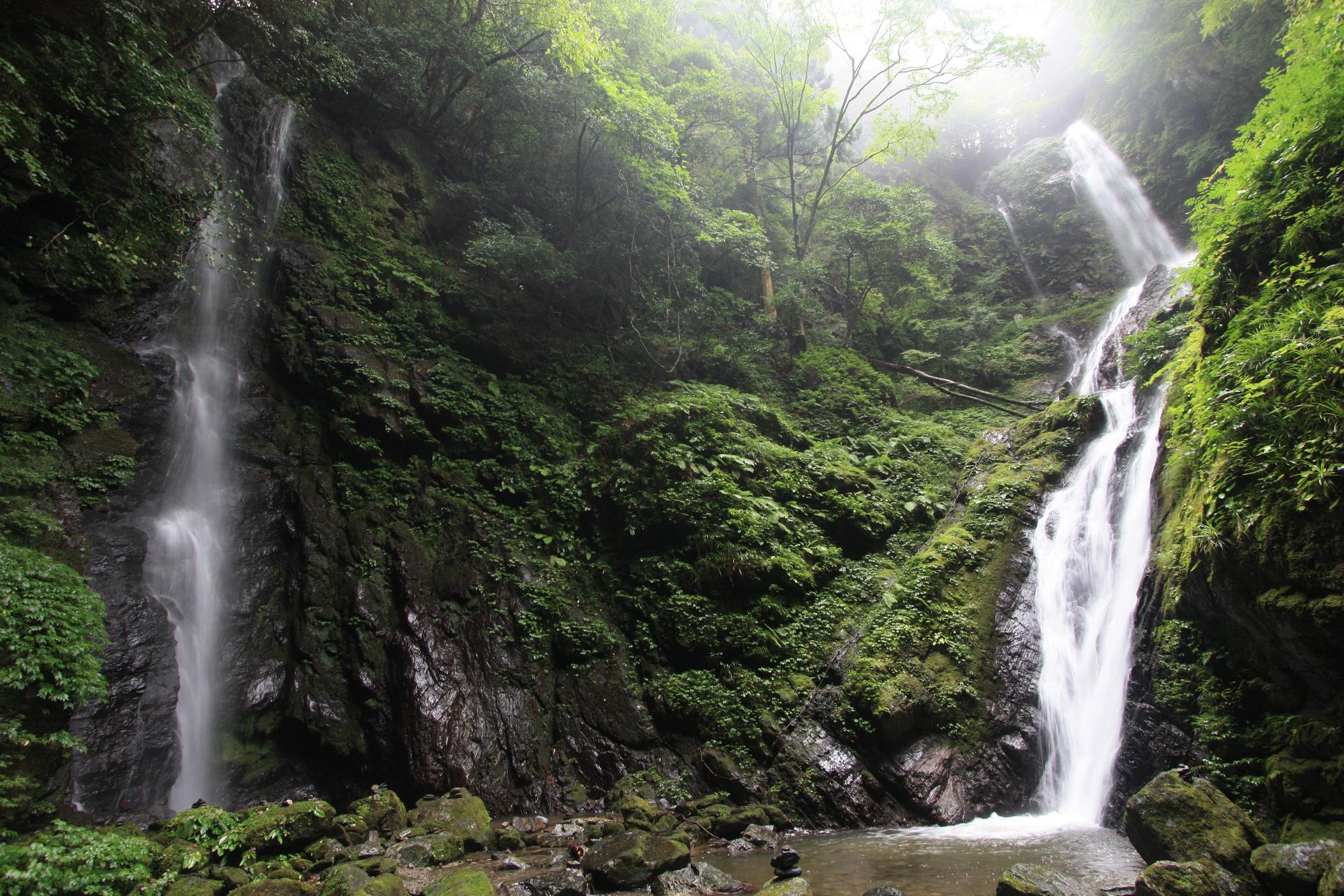 雨乞の滝(あまごいのたき)