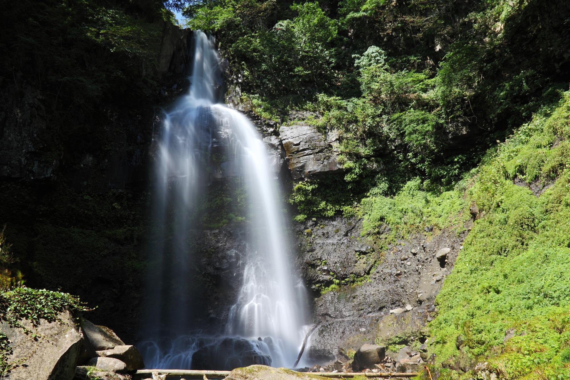 銚子ケ滝(ちょうしがたき)