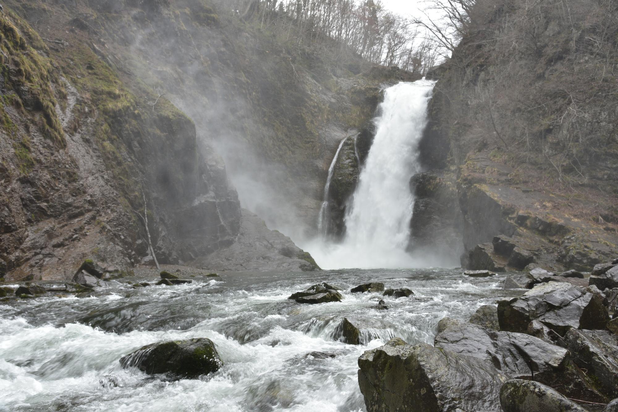 秋保大滝(あきうおおたき)