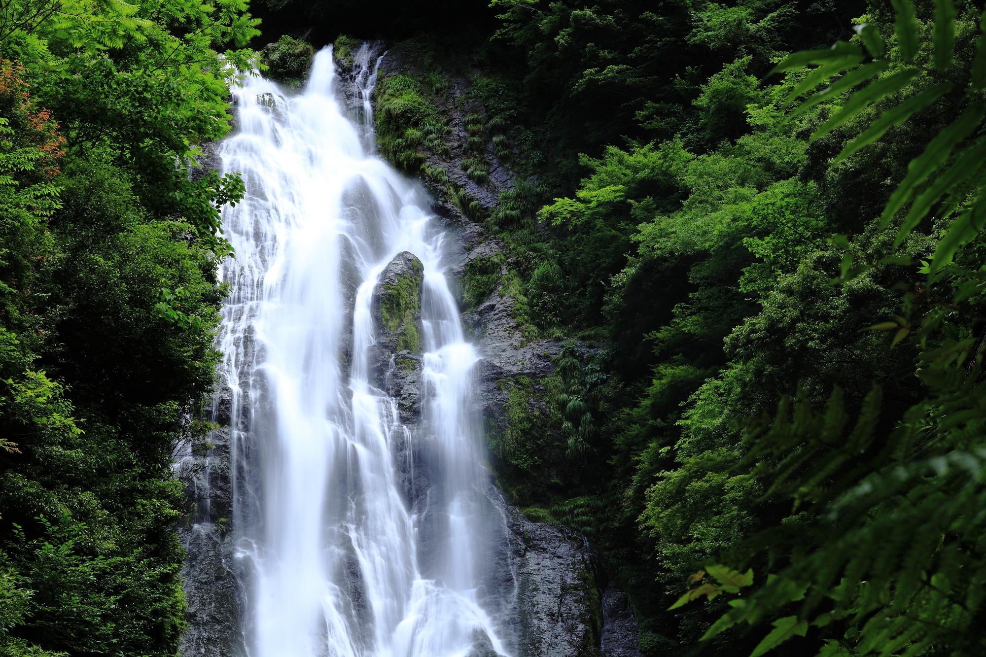 神庭の滝(かんばのたき)