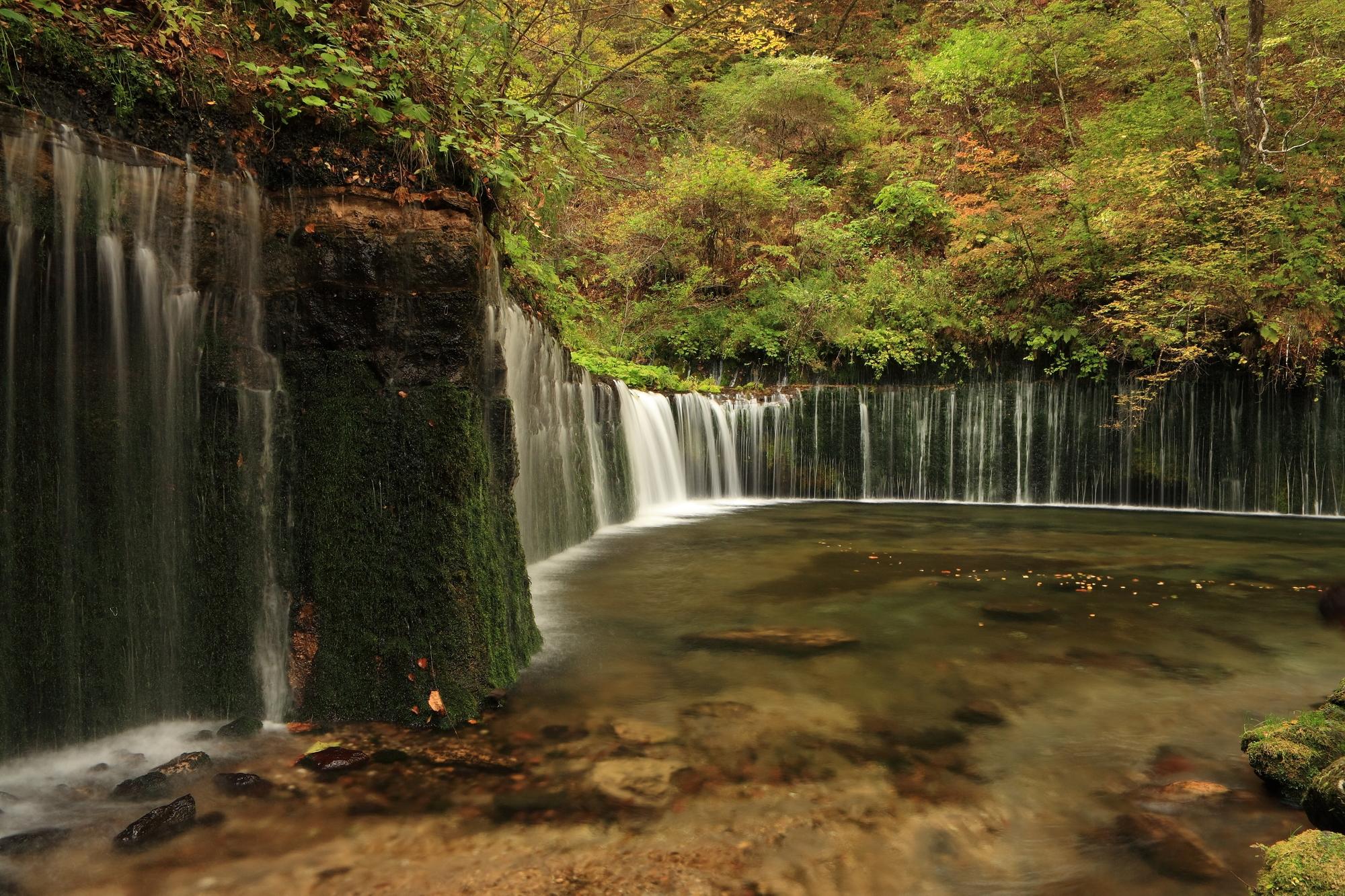白糸の滝(しらいとのたき)
